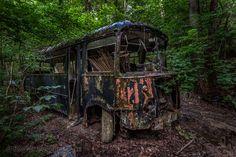 Lost in the woods 5,verlaten auto`s, Mmmhhh des BM des Bois,belgië,BMW,urbex