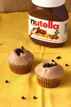 Hummingbird High: Hummingbird Bakery Chocolate Hazelnut Cupcakes Recipe (Adapted for High-Altitude) Frosting Recipes, Cupcake Recipes, Baking Recipes, Cupcake Cakes, Dessert Recipes, Bundt Cakes, Baking Ideas, Chocolate Hazelnut, Chocolate Flavors
