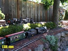 Garden Trains Garden Railroads Garden Railways Grzan-01-038
