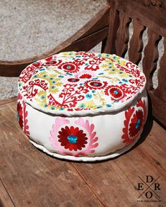 "Bestickter Pouf ""Amrita"" Buddha Kopf, Ottoman, Home Decor, Seating Areas, Spring Summer, Home Decor Accessories, Textiles, Pillows, Decoration Home"