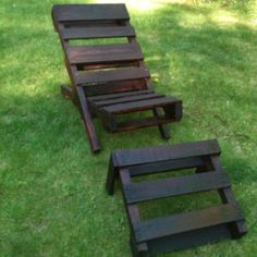 Handmade adirondack chair and stool from wood pallets...thats awesome! If I could figure this out and learn not to saw my hand off in the process, I would so do this! hehe