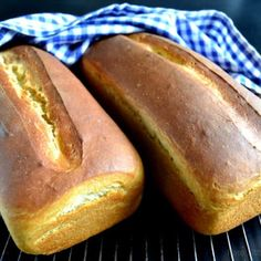 Kylling i fad med tomat, pasta og ost. Bread Bun, Dough Recipe, Bread Baking, Hot Dog Buns, Baking Recipes, Sandwiches, Good Food, Food And Drink, Lunch