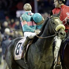 Zenyatta wins her 19th straight race, the Breeder's Cup Classic in 2009