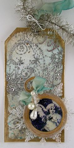 Gorgeous Sparkly Swirl Tag...substitute family photos in a sepia tone for the small picture.