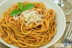 espaguetis_al_pesto_rojo