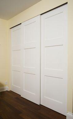 Porte 133D coulissante, panneau #3, moulure shaker option art-déco