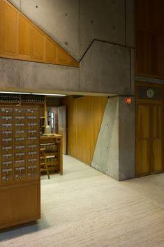 Louis I. Kahn, Xavier de Jauréguiberry · Library at Phillips Exeter Academy