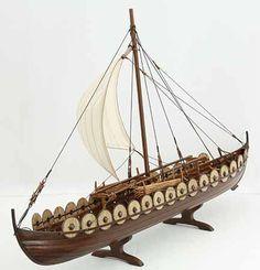 Photos of Viking ship model Skuldelev 5 Viking Ship, Viking Art, Viking Dragon, Viking Pictures, Model Sailboats, Model Ship Building, Boat Building, Viking Longship, Norse Vikings