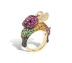 19,2k Gold Bunny ring with Diamonds and Sapphires