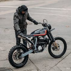 Tough, agile and one-of-a-kind: is this Suzuki from Federal Moto the perfect century urban custom? Tracker Motorcycle, Cafe Racer Motorcycle, Girl Motorcycle, Motorcycle Quotes, Harley Davidson Street Glide, Harley Davidson Bikes, Custom Motorcycles, Custom Bikes, Triumph Motorcycles