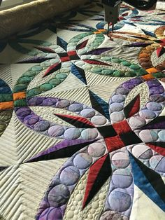 Bali Wedding Star quilt almost all quilted!