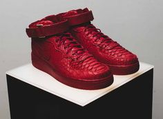 "Nike Air Force 1 Mid ""Red Python"""