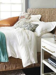 Made from handwoven natural seagrass, the Jalousie Bed will help transform your master or guest suite into a calm, coastal haven.