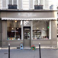 Mamie gateaux - 6 jours, paris x moi - kutch x couture cafes and hotels Restaurant Paris, Restaurant Design, Cafe Design, Store Design, Shop Fronts, Shop Front Design, Shop Interiors, Cafe Interior, Retail Shop