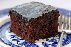 This Dr Pepper Cake recipe makes a delicious moist chocolate cake with Dr. Pepper and dark chocolate cocoa powder with a warm dark chocolate frosting. Food Cakes, Cupcake Cakes, Cupcakes, Sweet Recipes, Cake Recipes, Dessert Recipes, Easy Desserts, Delicious Desserts, Scones
