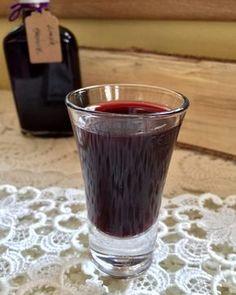 Likér z arónie | levandulepetrzilka.cz Shot Glass, Food And Drink, Drinks, Cooking, Tableware, Kitchen, Drinking, Beverages, Dinnerware