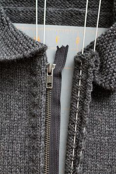 Knitted Sweater Zipper Installation instructions; mighty helpful!