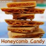Homemade Sweet Treats, Honeycomb Candy - - Here's a yummy really honey flavored honeycomb candy. It is a crisp and sweet yummy honey treat. It only takes a few ingredients too. Honeycomb Recipe, Honeycomb Candy, Homemade Sweets, Homemade Candies, Sea Foam Candy, Just Desserts, Dessert Recipes, Honey Candy, Toffee Candy