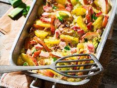 Kartoffel-Kassler-Auflauf mit Äpfeln und Nüssen ist ein Rezept mit frischen Zutaten aus der Kategorie Kernobst. Probieren Sie dieses und weitere Rezepte von EAT SMARTER!