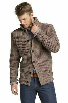 Rebeca Casual Hugo Boss - Knit cardigan in blended new wool 'Aris', Open. Rebeca Casual Hugo Boss - Knit cardigan in blended new wool 'A Brown Cardigan Outfit, Cardigan Outfits, Cardigan Fashion, Mens Knitted Cardigan, Men Sweater, Men Cardigan, Crochet Men, Neue Outfits, Herren Outfit