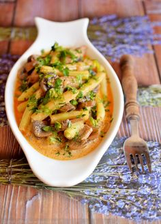 Posts about Főételek written by Plant Based Diet, Thai Red Curry, Vegan Recipes, Stuffed Mushrooms, Food And Drink, Gluten, Lunch, Vegetables, Ethnic Recipes