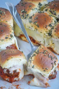 Messy Meatball Garlic Bread Sliders