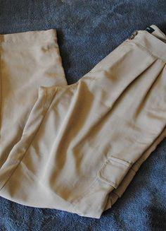 Kup mój przedmiot na #vintedpl http://www.vinted.pl/damska-odziez/chinosy/15373795-spodnie-guess-bojowki-r-ml