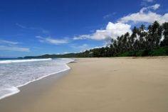 Pantai Sorake. Pantai Lagundri dan Pantai Sorake adalah pantai yang masih berada dalam 1 garis pantai di Kecamatan Teluk Dalam, Nias Selatan, Sumatera Utara. Kedua pantai ini sangatlah terkenal di dunia karena ombaknya yang besar dan sangat disukai para peselancar dari berbagai belahan dunia.
