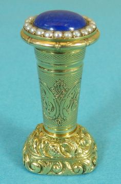 Magnificent 18ct Gold Lapis Lazuli Hand Seal Pearls Crest Arrow Heart C1825
