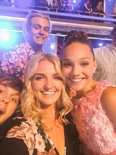 I think Ross was photobombing the picture