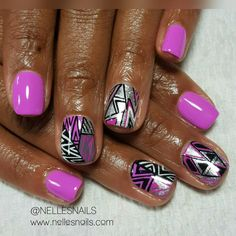 """461 Likes, 6 Comments - Get Some Nelle-zazz in Yo Life (@nellesnails) on Instagram: """"Hey Nails!! Gel manicure and some Nellezazzed free hand nail art! 😆 #Naillife #nailart…"""""""