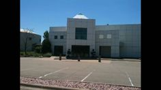 Filmed outside Paisley Park and in the Hard Rock Cafe in Minneapolis.