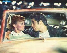 Olivia Newton-John and John Travolta in Grease Poster 80s Movies, Iconic Movies, Good Movies, Movie Tv, Grease 1978, Grease Movie, Grease Musical, Aesthetic Movies, Retro Aesthetic