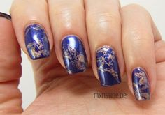 Blue Waterspotted Nails mit Keep In Touch (P2, Color Victim Nail Polish)