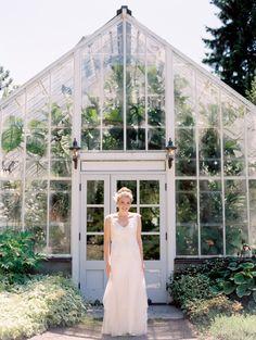 Annie Wright School wedding photos | Manette Gracie