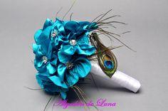 Bouquet ramo de flores de tela con pluma de pavo real,plumeti en turquesa con cristales plateados y cristal brillante 606619349 algodondeluna@gmail