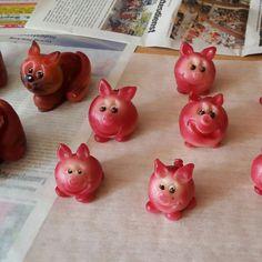 Impressionen meiner Kunst. Sieht nicht nur gut aus es schmeckt auch Piggy Bank, Planter Pots, Kunst, Money Bank