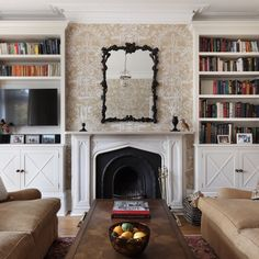 Fascino Inglese, Henley Townhouse by Hàm Interiors Living Room Inspiration, Home Decor Inspiration, Decor Ideas, English Living Rooms, Interior Design And Build, Townhouse Interior, Dream Decor, Architectural Elements, Unique Furniture