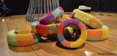 Arte reciclado! neumaticos y lana. Por  Fabiola Silva en el Bellas Artes