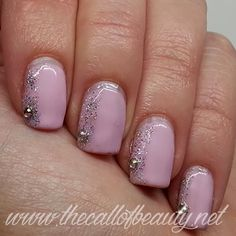 The Call of Beauty: Nail Art Tutorial su semipermanente: Wedding Details - Romantic Pink with gel polish