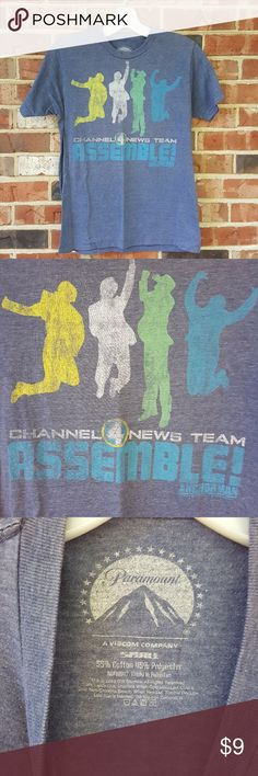 """Anchor Man Channel 4 News Team Assemble! Paramount Anchorman Channel 4 News Team Assemble! Paramount A Viacom Company Small 55% cotton 45% polyester 2012 Measures across 17"""" from pit to pit Measures long 23"""" from shoulder Excellent condition Paramount Shirts Tees - Short Sleeve"""