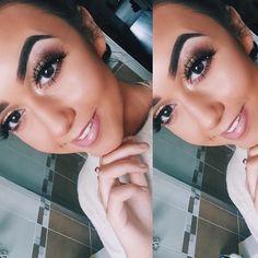 @nicolerussell29  How gorgeous is Nicole in her selfie! Limited availability left for the weekend ahead! Message me to book! #anastasiabrows #hudabeauty #inssta_makeup #mua #freelance #london #essex #londonmakeupartist #follow #anastasiabeverlyhills #makeup #soar #honeylove #whirl #velvetteddy #kylielipkit #bronzed #highlight #contour #contourcosmetics #softandgentle #likeforfollow #champagnepop #glowkit #follow4follow #likeforlike #redcherrylashes #universomakeup #smokeyeye…