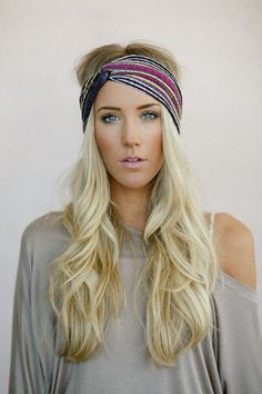 Turban Headband, Tribal Head Wrap, Fabric Hair Wrap, Fashion Hair Accessories, Printed Jersey Turband in Aztec from three bird nest. Turban Headbands, Headband Hairstyles, Pretty Hairstyles, Turbans, Bad Hair, Hair Dos, Head Wraps, Hair Band, Hair Inspiration