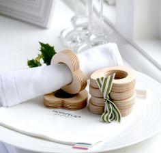 Anillos de madera para servilletas