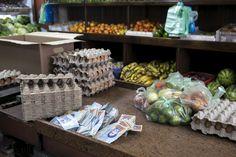 Se acentúa el #HAMBRE entre la población de #Venezuela; el #Salario integral de 1 mes, solo alcanza para comprar un kilo de queso o un cartón de 30 huevos       Más detalles en la #Prensa local o por la pagina del Dr.  Enrique Aristeguieta (@EAristeguieta) en #Twitter