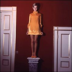 Twiggy aka Lesley Hornby, was discovered in 1966 (when she was 16) by Nigel Davis, and modeled for Mary Quant. She is the first supermodel and is mostly known for her atypical looks, short hair and unusual make up style.