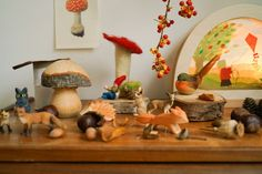 Jan 25, 2020 - In most nursery and early-years classroomsin the Netherlands you will find a corner set up to celebrate the seasons.In autumnit will be decorated with leaves, nuts and mushrooms, and children are welcome to play with it and decorate it with things they have found in nature. AlsoI grew up with the concept of 'the se… Early Years Classroom, Nature Table, New Hobbies, Kids And Parenting, Nursery, Concept, Seasons, Autumn, Simple