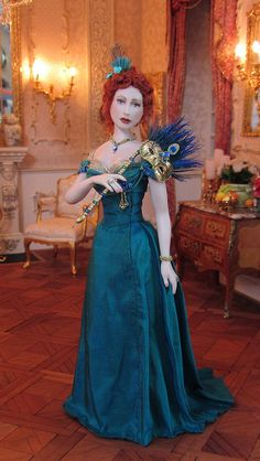 Victoria from 1890 ready for the annual Ball Masque  = Artisan Annemarie Kwikke - makes dolls from porcelain and polymer clay. The dolls are always 1/12th scale Z