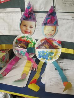 Mishloach Manot and clown door decoration in one Fall Preschool, Preschool Crafts, Toddler Classroom, Classroom Ideas, Holiday Activities, Holiday Crafts, School Projects, School Ideas, Toddler Crafts