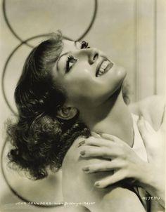 """ Joan Crawford "" Alfredo López Calpe youtube sensualidad-adult-beauty http://www.pinterest.com/alfredolopezcal"